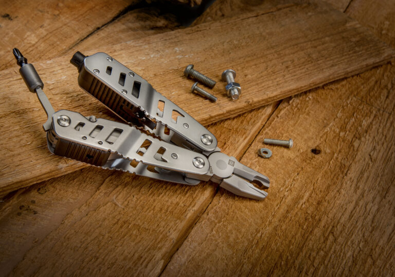 How to Choose Knives and Pocket Tools For Everyday Carry
